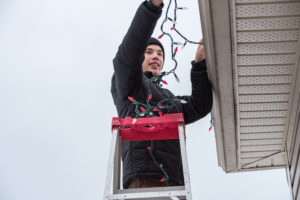 Work Smarter (Not Harder) to Avoid Holiday Decorating Injuries